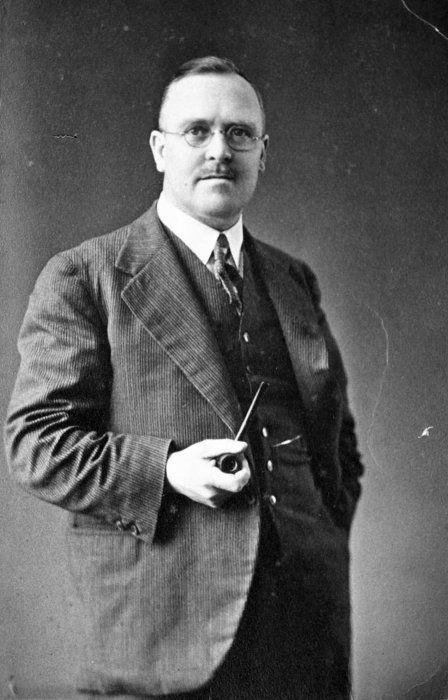 Ernest Marsden, [ca 1940s-1950s]. Alexander Turnbull Library, Wellington, NZ: 1/4-018564-F, sourced from  http://mp.natlib.govt.nz/detail/?id=8902